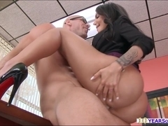 Woman with big hairy pussy