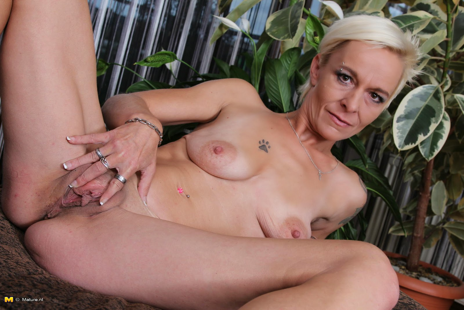 Pictures fuck young adult pussy