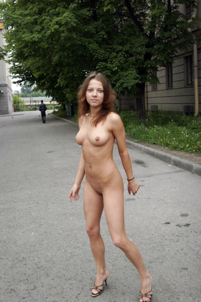 public tits in Girl shows
