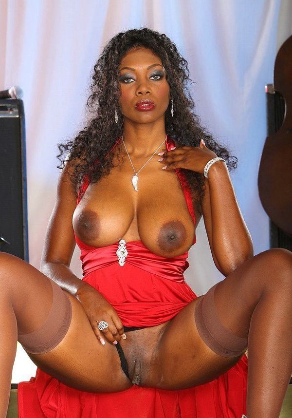 ebony black with pussy mature naked