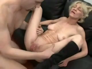 Homemade amateur blowjob outdoors