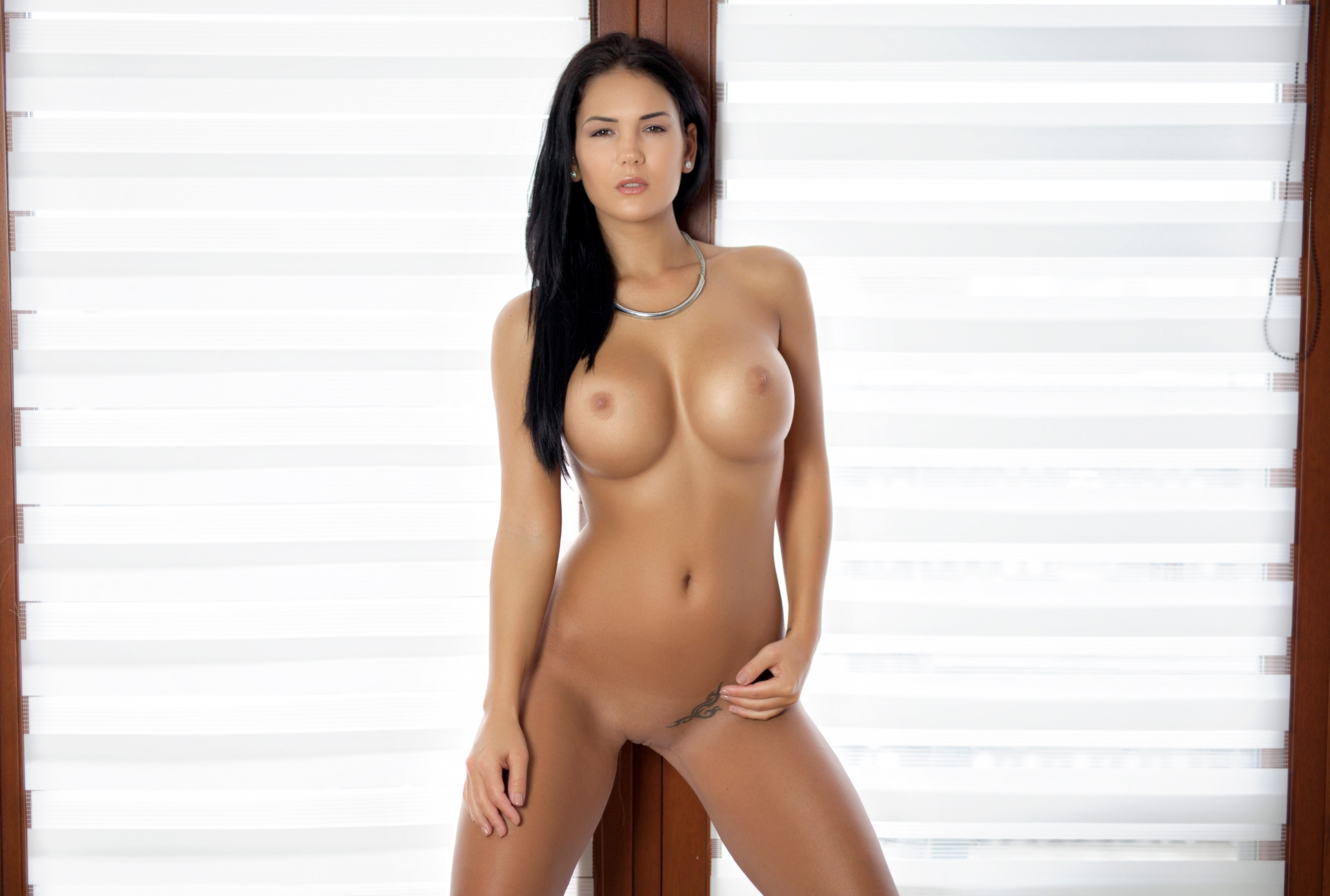 Hot nude asian pussy