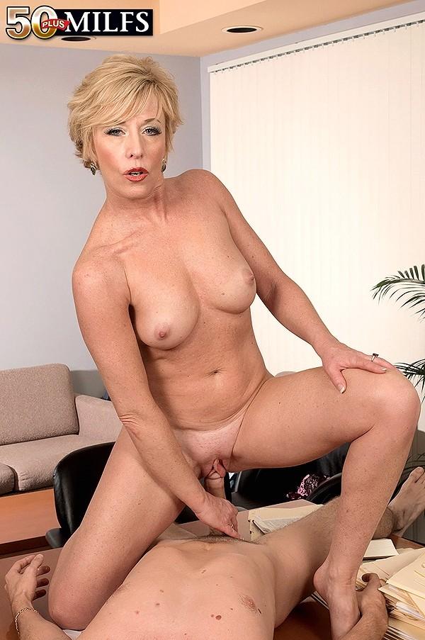 Girl nude russian women
