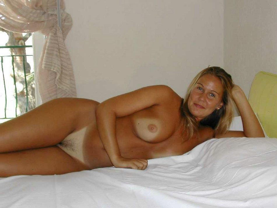 Free from jersey naked new woman