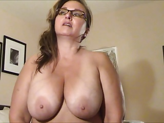 Shaved huge pussy lips