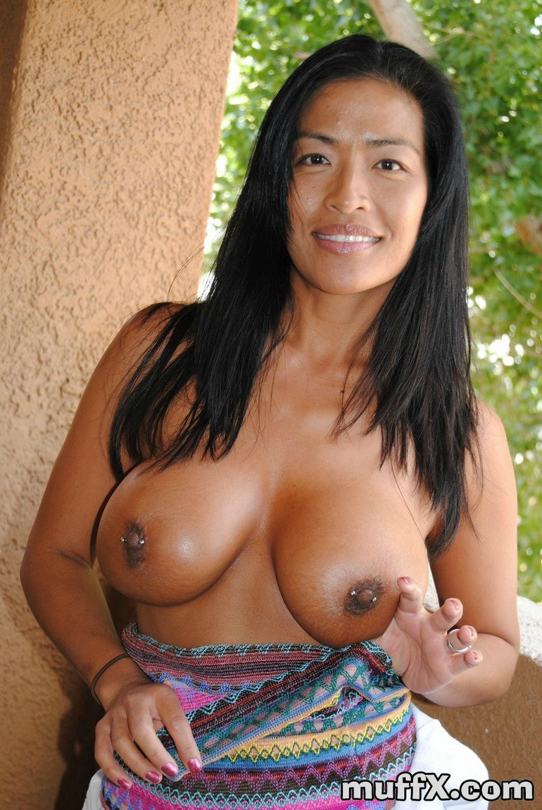 Hot Milf Asian Nude